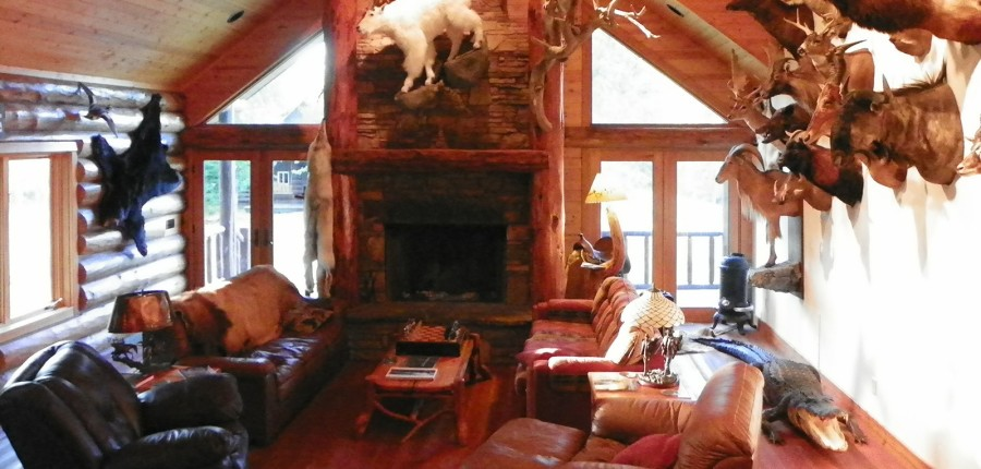 Special Lodging for Spring Bear/Lion Hunts